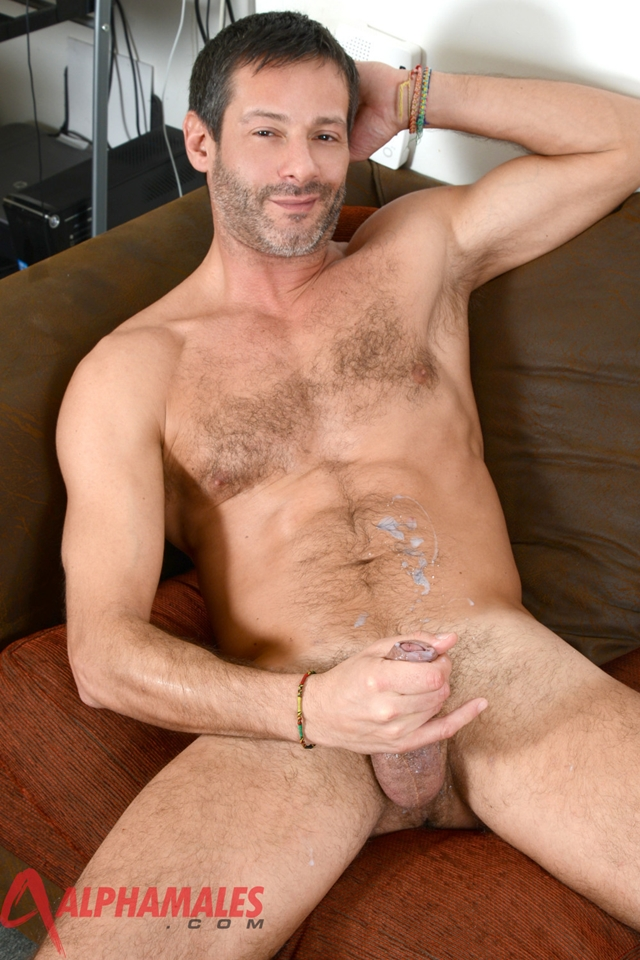 alpha porn gay hairy hunk porn gay photo movies antonio alphamales torrent garcia
