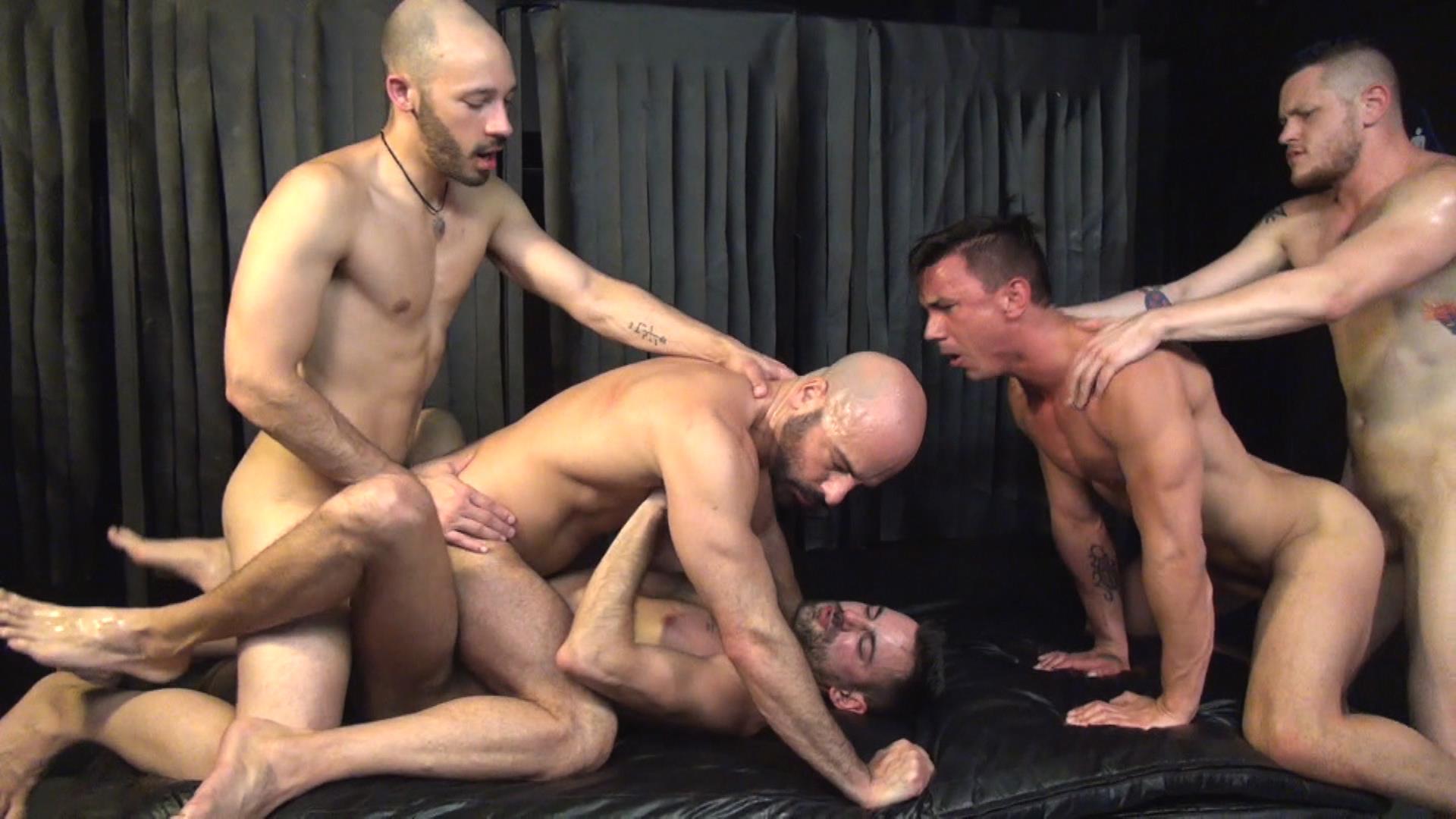 полнометражный порно видео фильм про геев