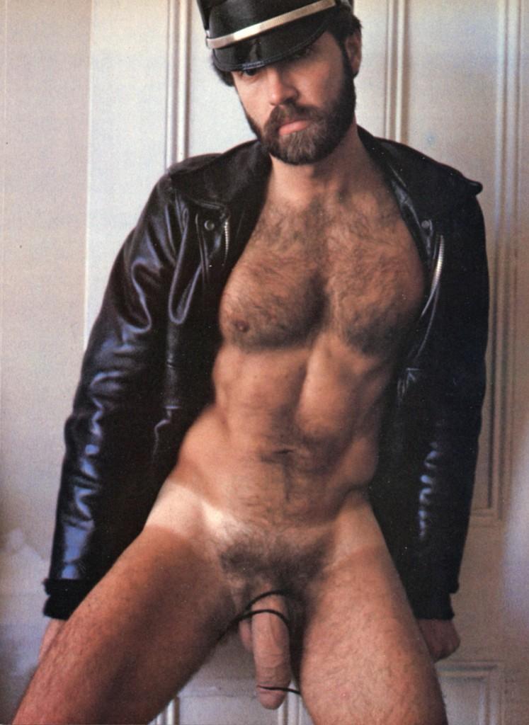 nude gay gay