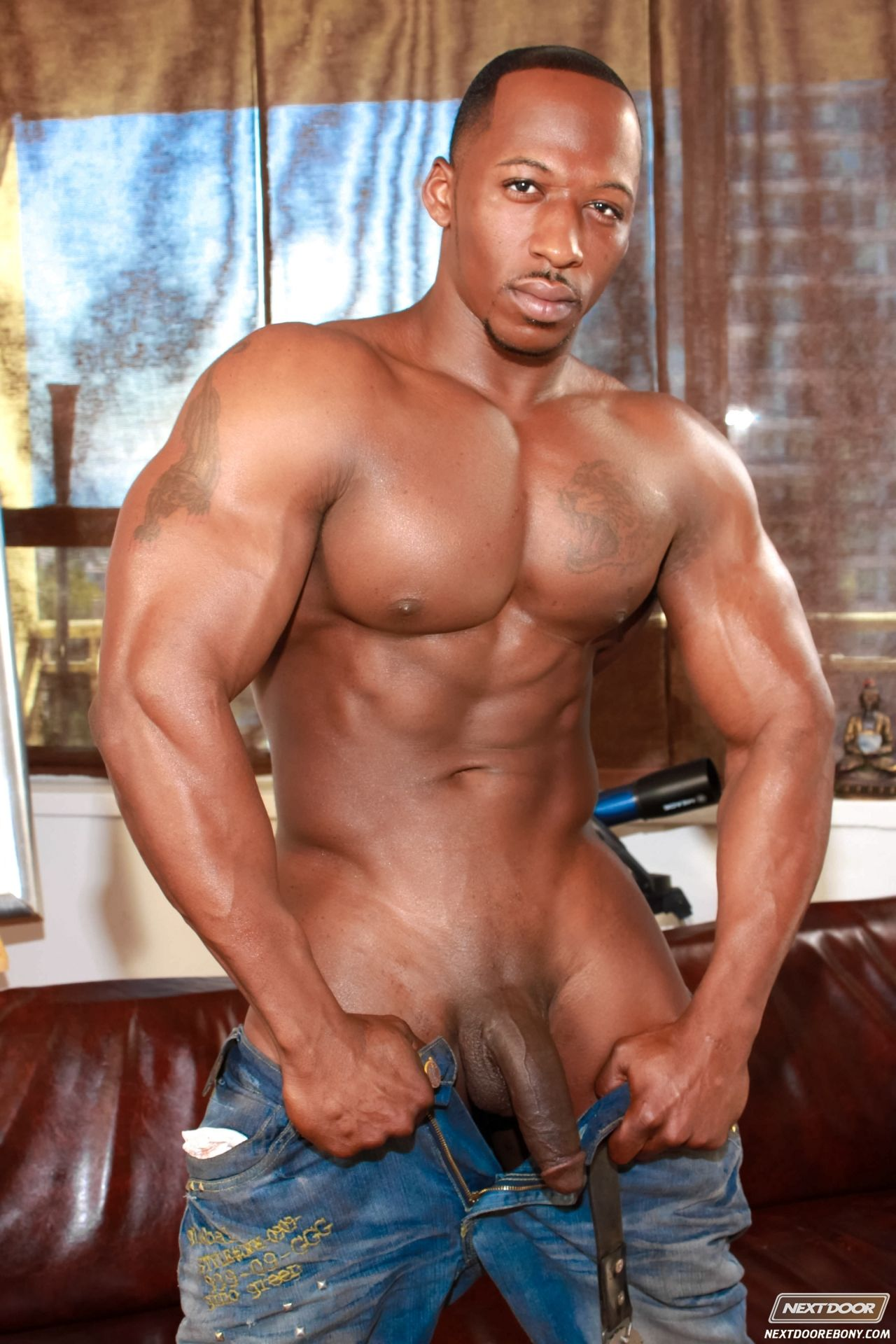 big black male naked model