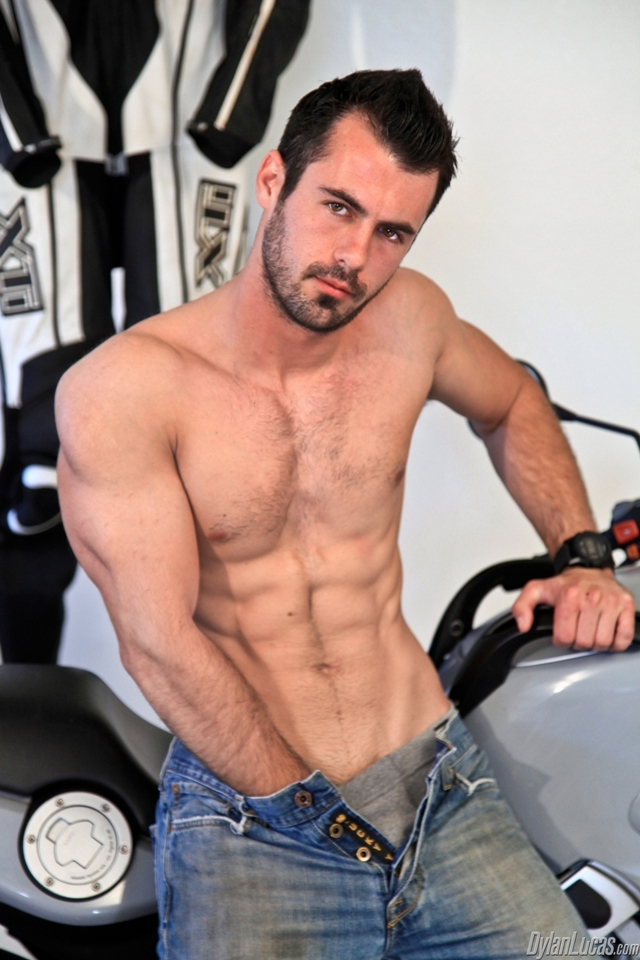 big muscular naked men muscle off cock hard naked his photo twink boy nude young man jerking solo jerk lucas dylan home strokes strips torrent brock cooper escort