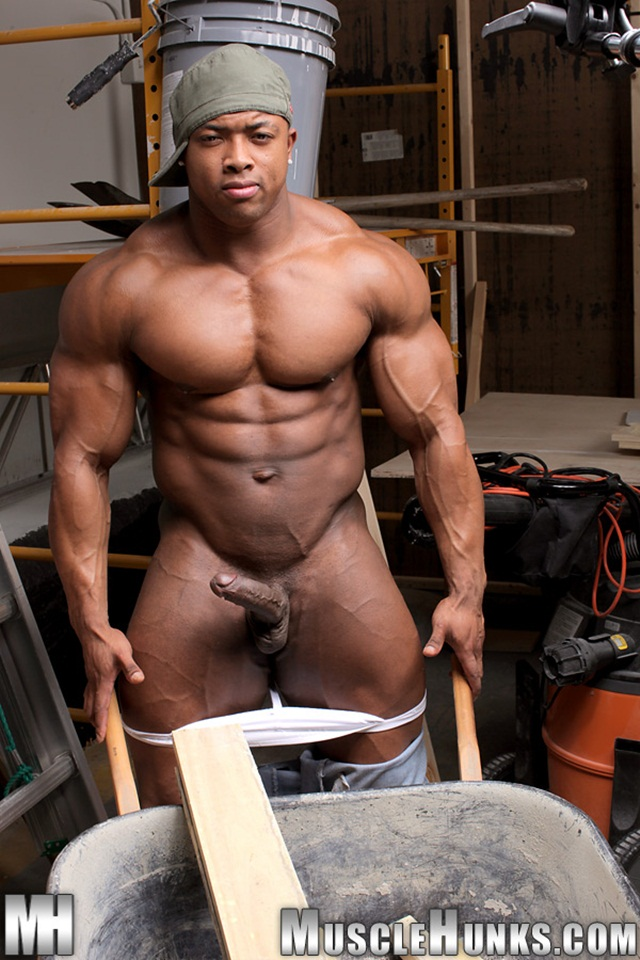 Black muscle man with big cock