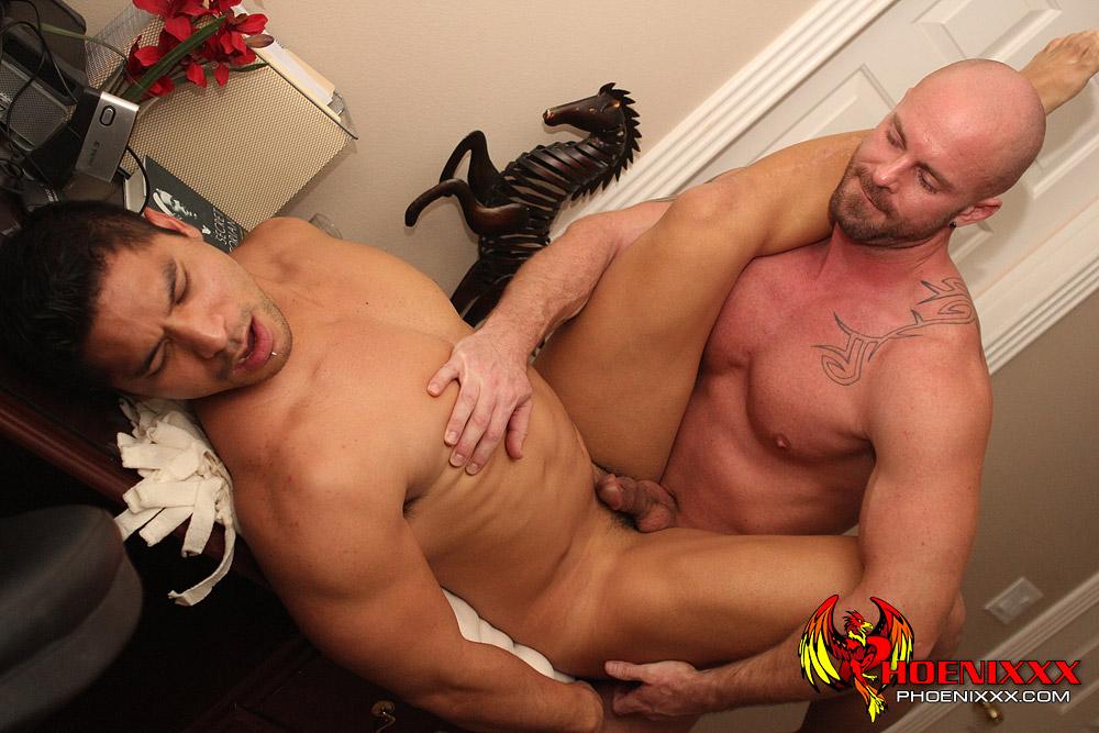 X GayTube  Free Gay Tube