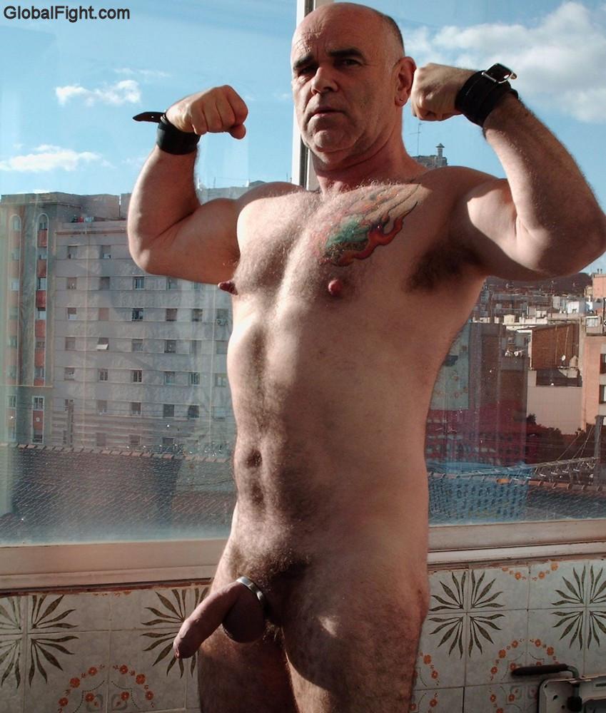 Nude Gay Men Hairy Leg