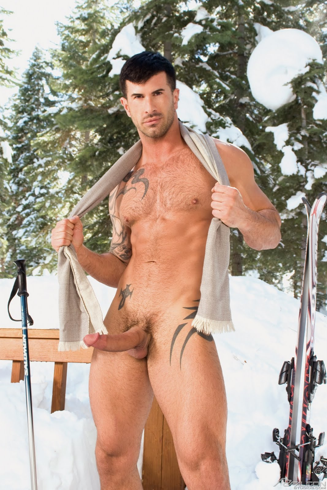 Hot Pictures Of Naked Men Snow
