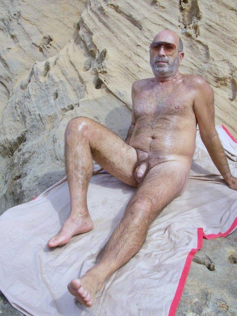 Gay old man voyeur