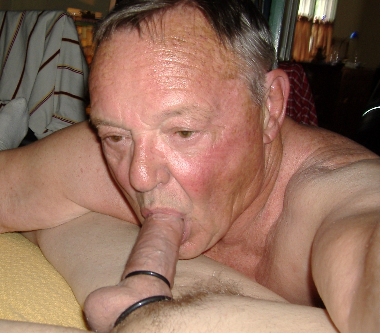 Gay Dating Older Men