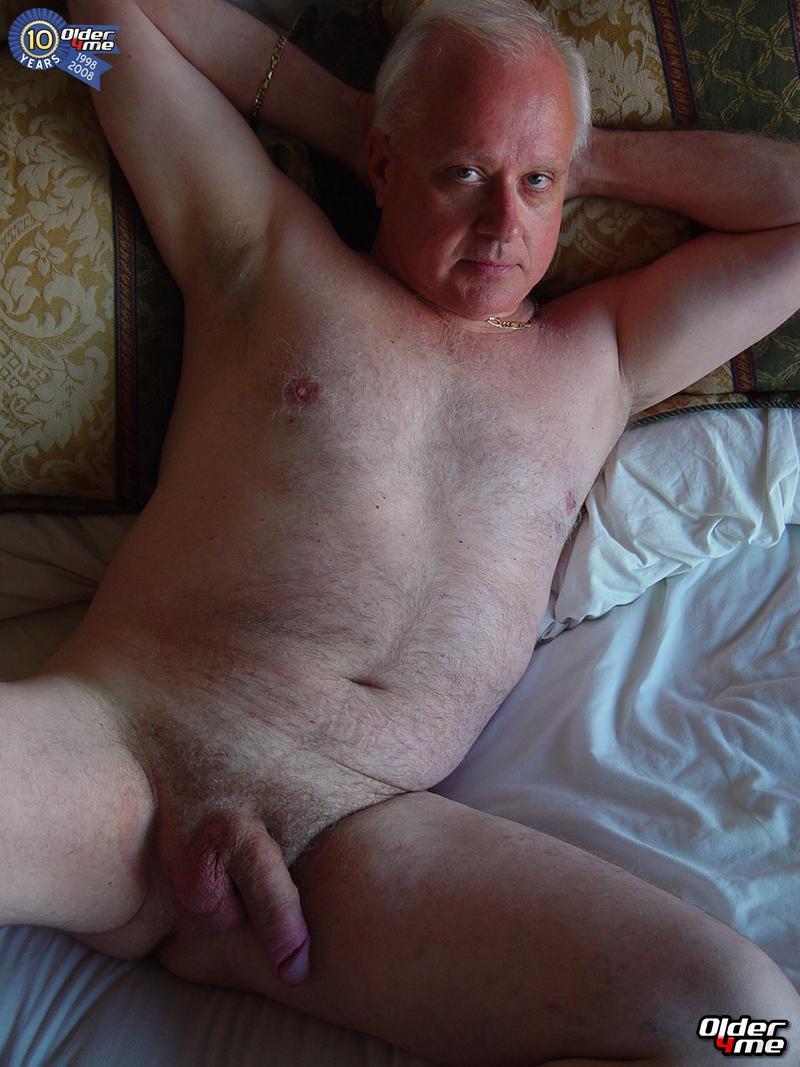 OLDER MEN SEX: Old man gay sex