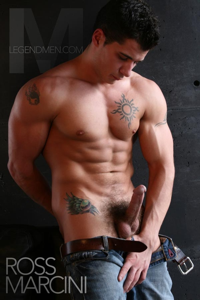 Hot Gay Muscle Men Naked