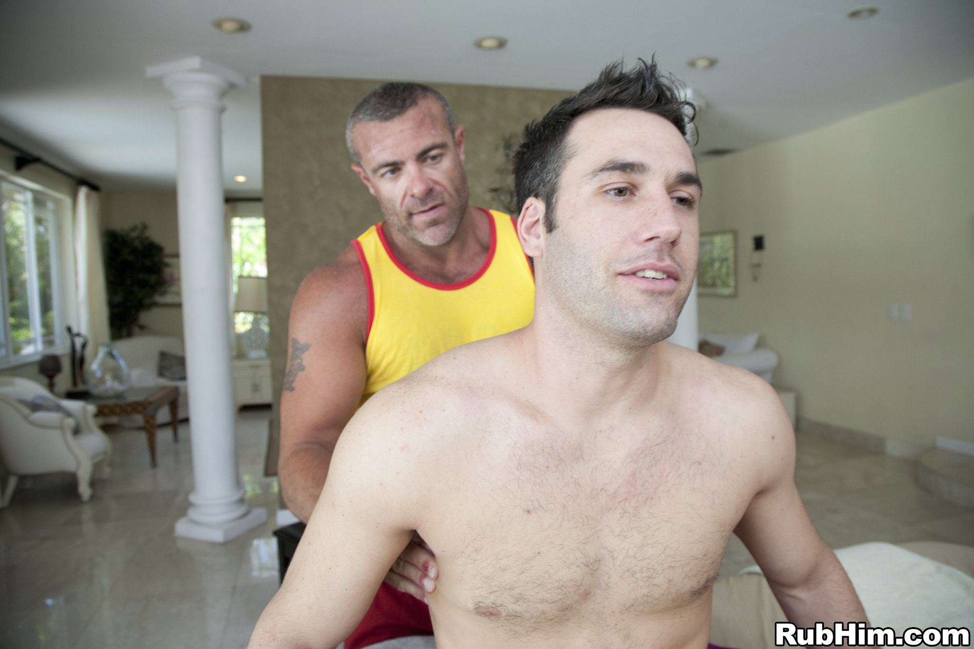 Page 2, Gay Bear, Daddy & Hairy Men Pics - GayDemon