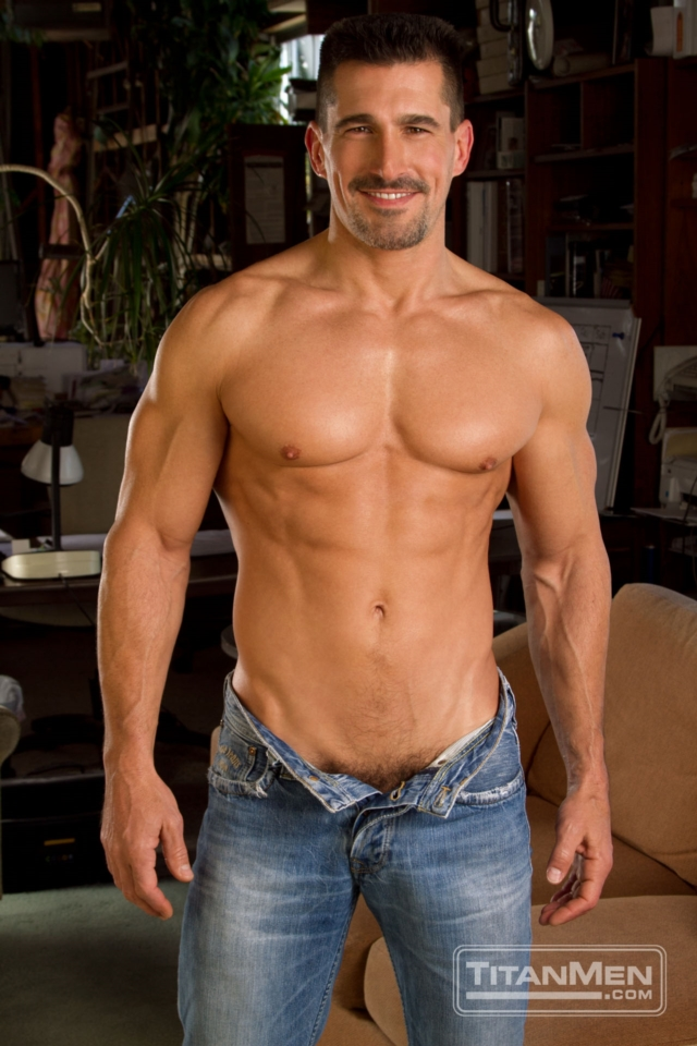 gay men muscle porn hairy muscle gallery porn stars men video gay photo pics guys anal rough anthony hunks titan jessie tube muscled david colter older