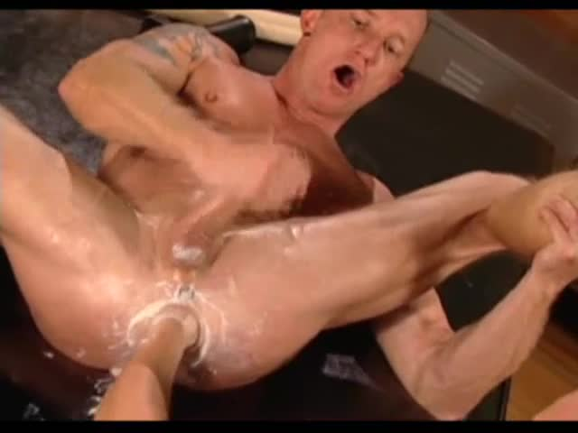 hot gay men sucking dick media videos free tmb