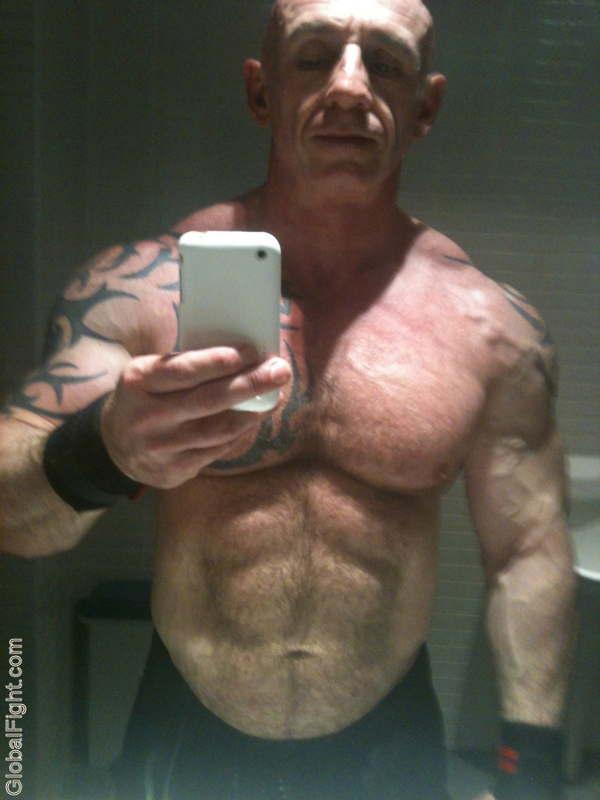 Hot Gay Naked Muscle Men image #79522