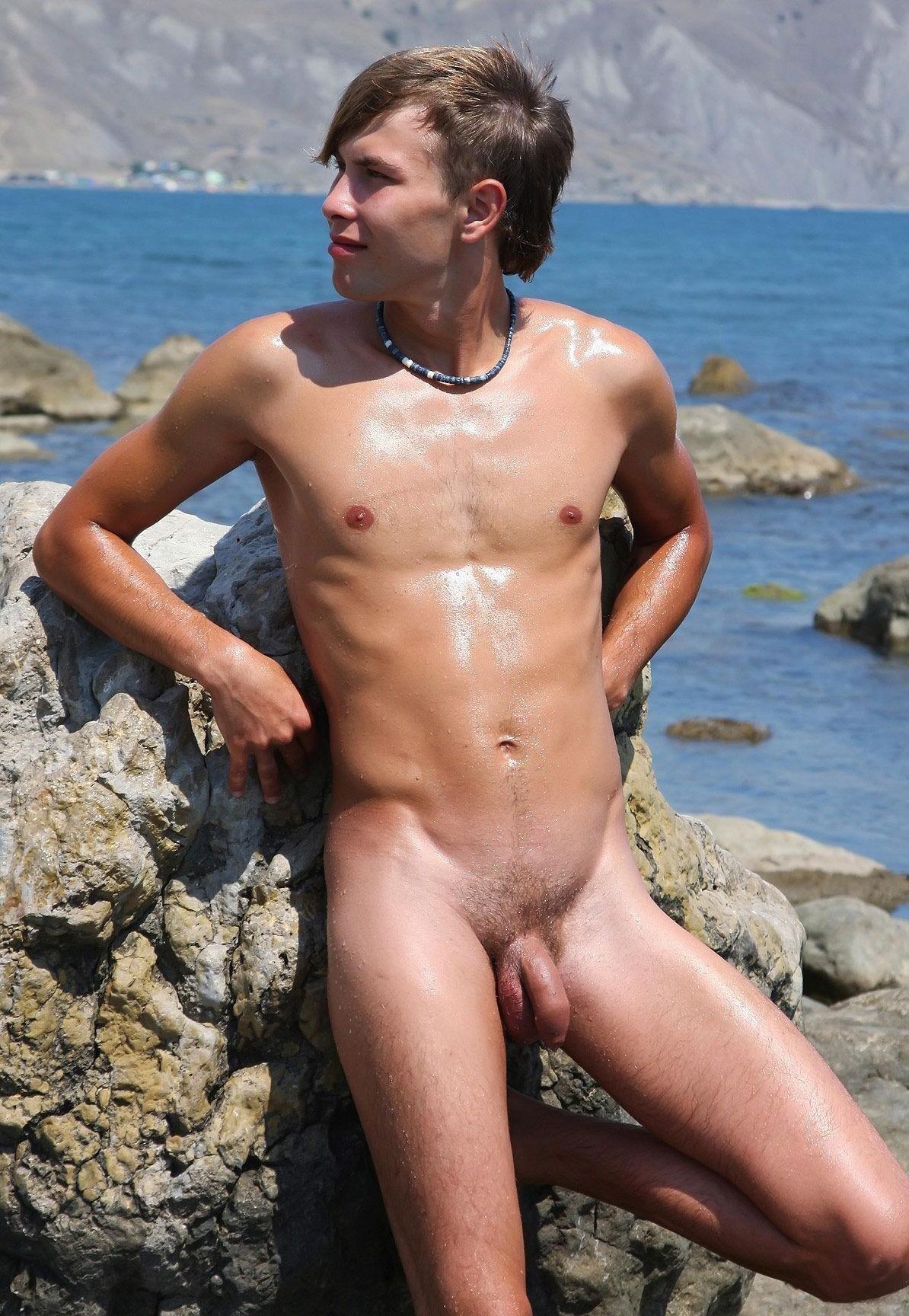 Смотреть голые мальчики подростки нудисты 4 фотография
