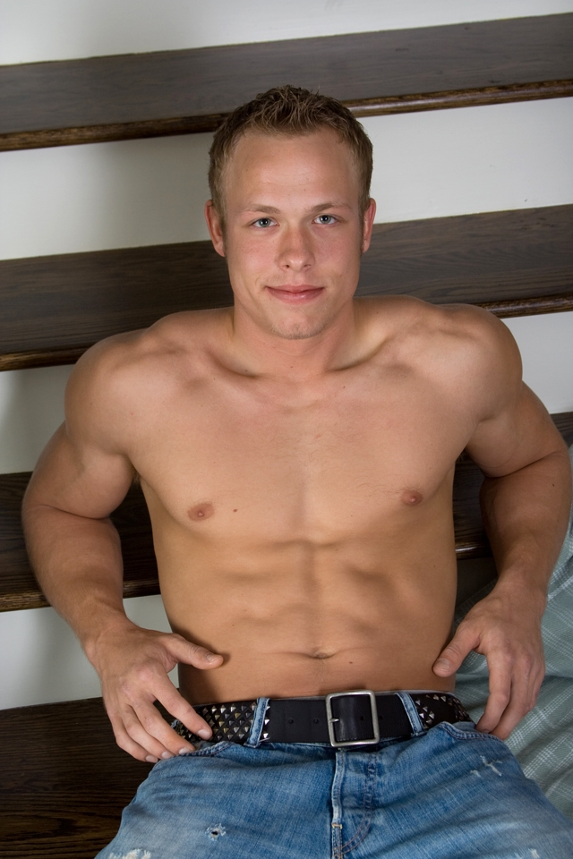 muscle men with big dicks muscle stud gallery men naked video boys huge gay photo dicks pics young amateur case fitch tube southern strokes corbin studs abercrombie