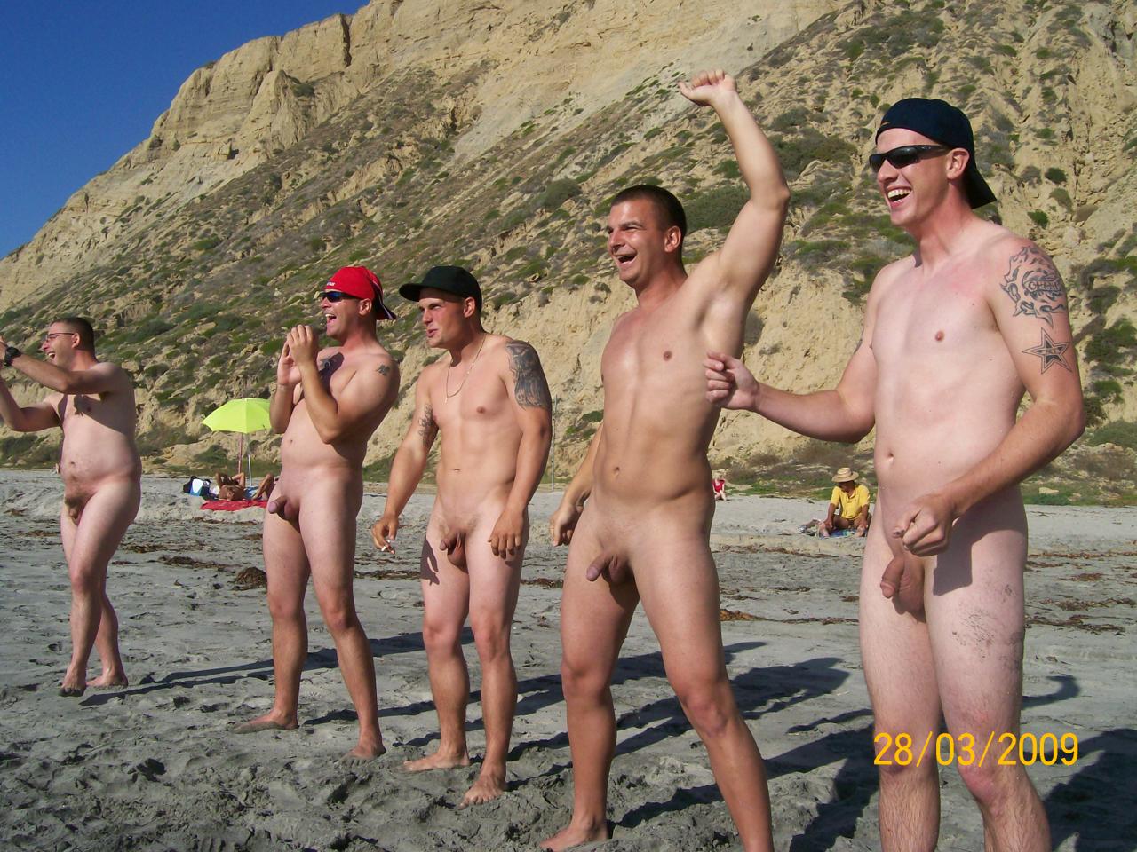 Фото голых парне нудистов 26 фотография
