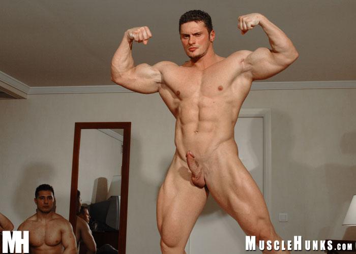В порнофильмах мускулы геи