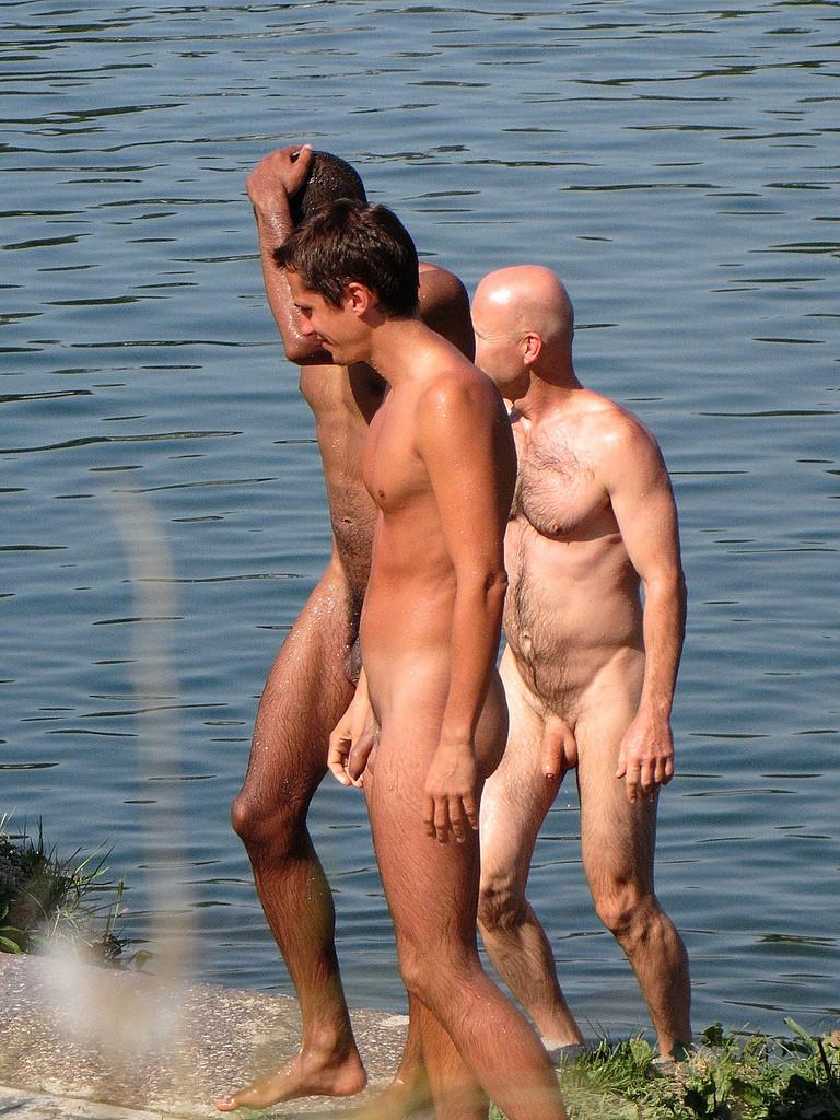 Фото геи нудисты