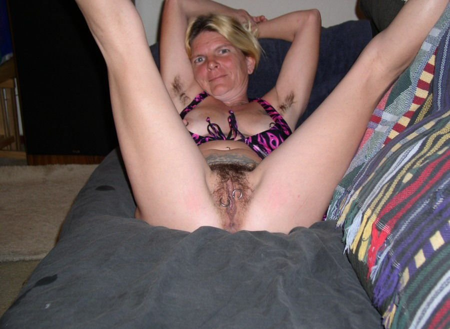 sexy glasgow milf ass spanking and anal fingering