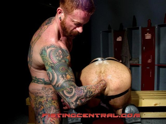 adult male gay porn gay adult male fisting