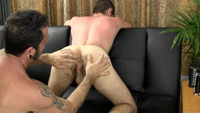 amateur daddy gay porn hairy muscle porn gay young amateur straight guy barebacking daddy fraternity reese barebacks