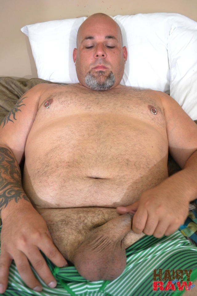Amateur Gay Porn hairy off from porn cock jerks his gay amateur guy jerk thick masturbating raw joe strong chubby waking nap