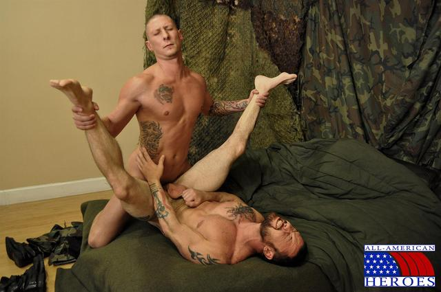 American gay porn fucks porn gay all military army amateur barebacking american heroes private sergeant tyler hung miles