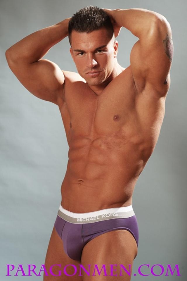 ... gay photo boy all pics nude american bodybuilder braden charron: tongabonga.com/american-naked-gays/174731.html