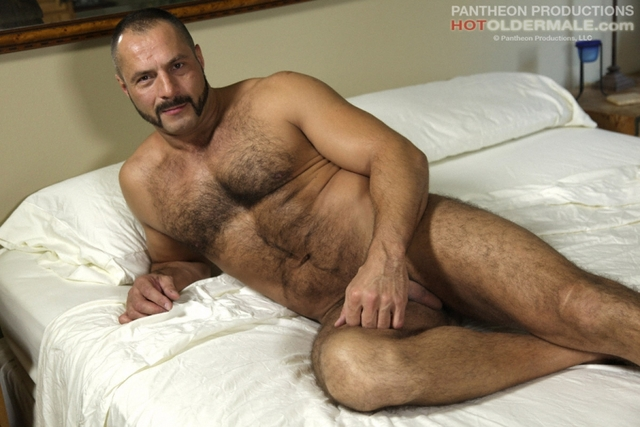 Arpad Miklos Porn naked pics man arpad miklos posing muscled mature bfd