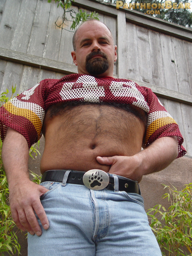 bear porn pics hairy porn cock gay woof bear ass tattoo beefy hot sexy football jockstrap alert dave pantheon goatee ring jersey stocky paw boots jeans
