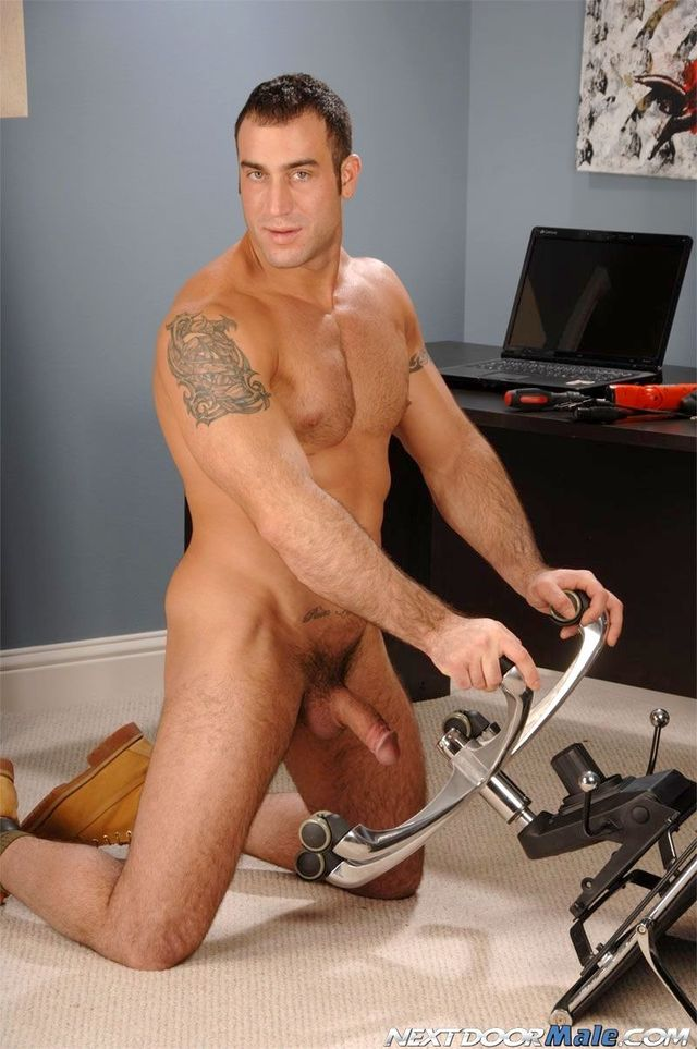Big dick Male Gay Porn muscle hunk off pic porn dick gets naked jerks his gay star next door male spencer reed