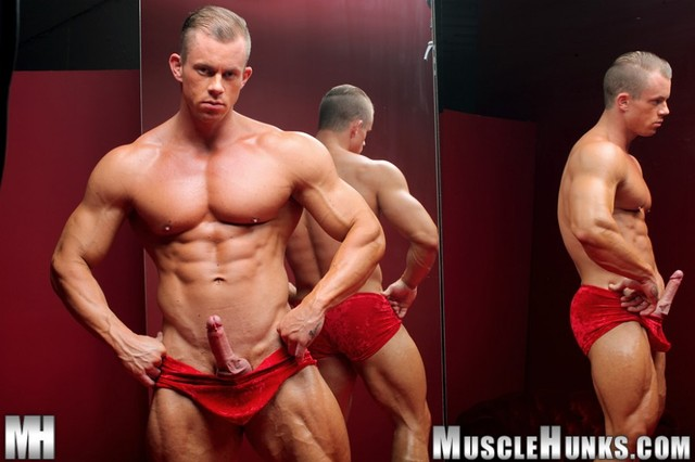 big dick muscle hunk muscle hunks mann otto