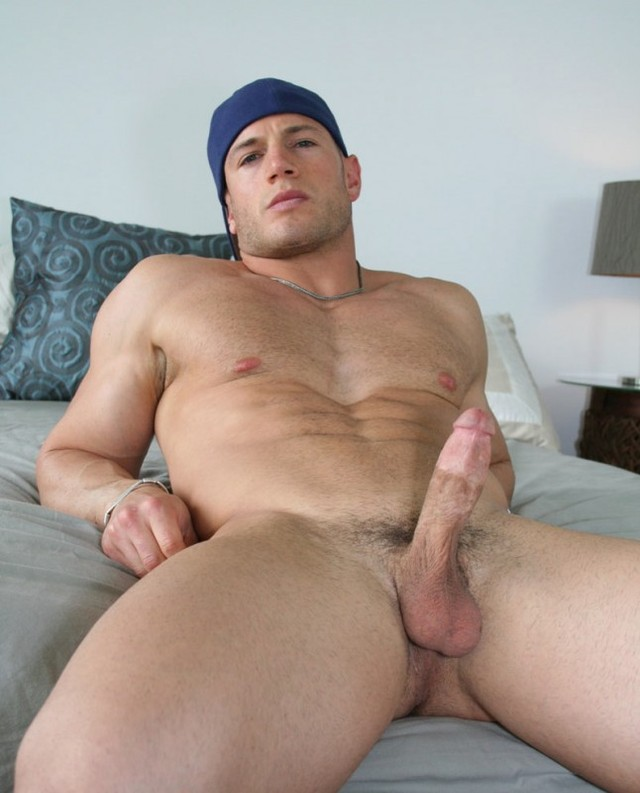 big dick muscle hunk muscle hunk off cock his man uncut hunks hung chip jacks avenue maddox