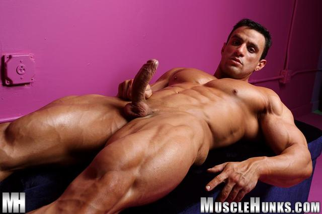big muscle gay porn muscle porn cock category gay amateur uncut hunks jock macho nacho powerlifter