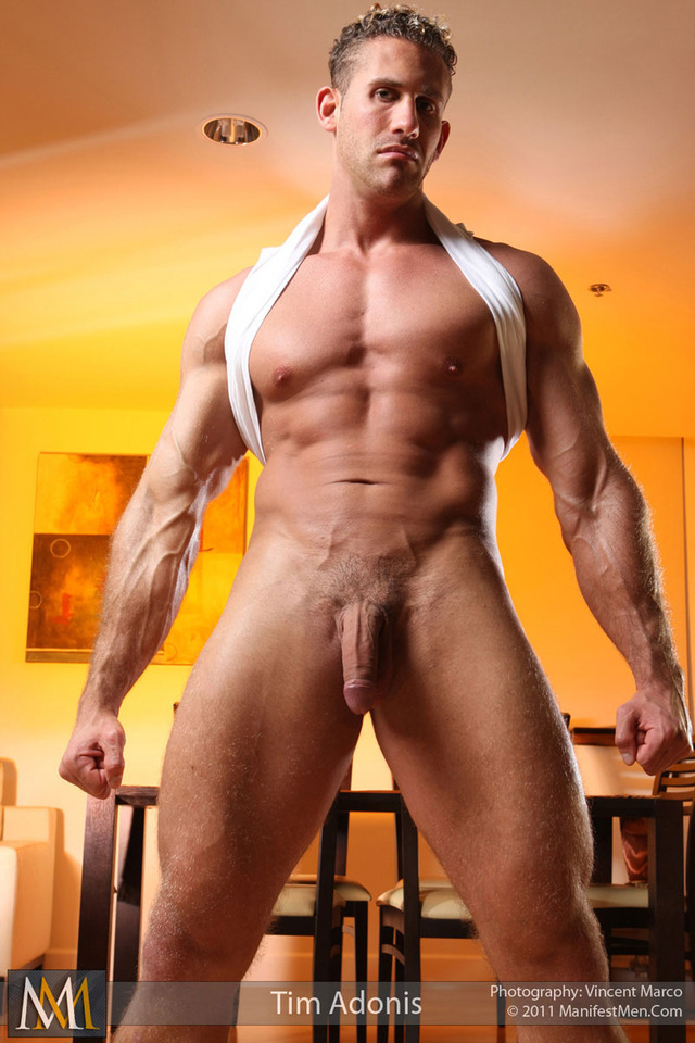 big muscular naked men men naked bodybuilder manifestmen