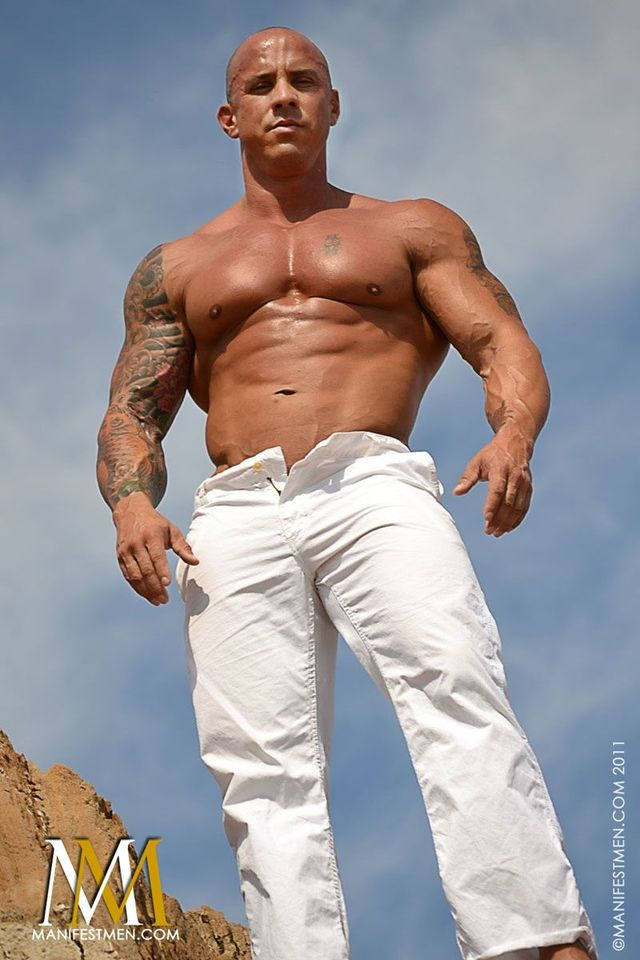 big muscular naked men muscle hunk ripped pic men cock hard naked his page author marco strokes strips manifest wallymax vin