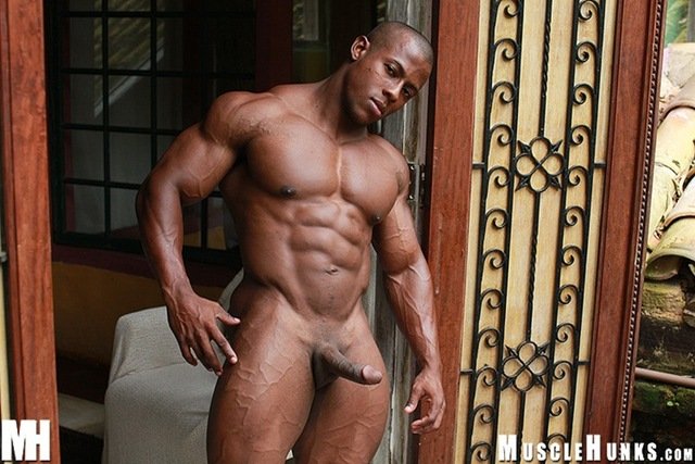 black hunk muscle photos def orso orfeo