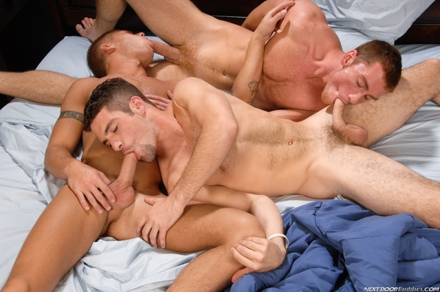 Brody Wilder Porn adam galleries threesome brody wilder goes wirthmore connor maguire