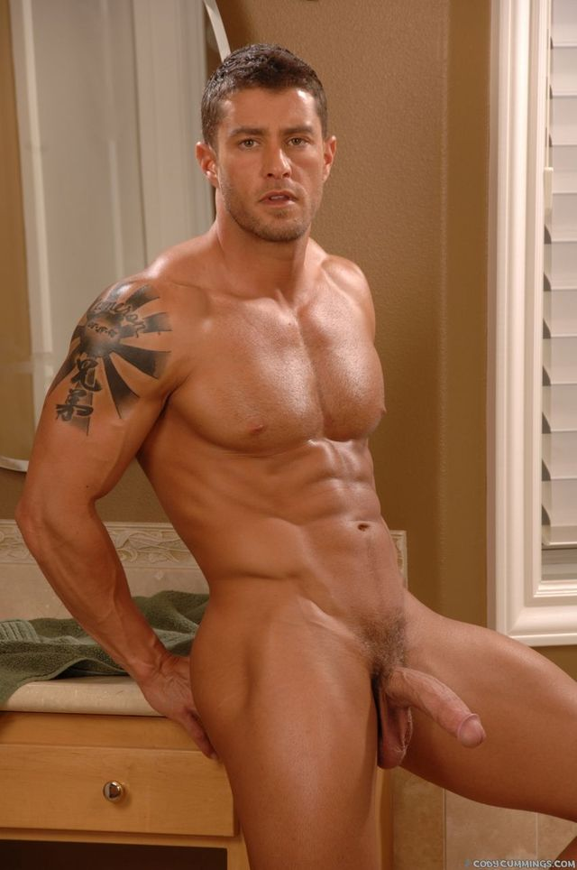 CODY CUMMINGS Porn muscle hunk off pic cock hard gets naked his cody cummings hung jacks