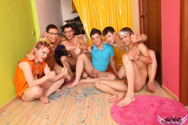 Group Gay sex group porn gay male groups zxkl old fisting crazypartyboys