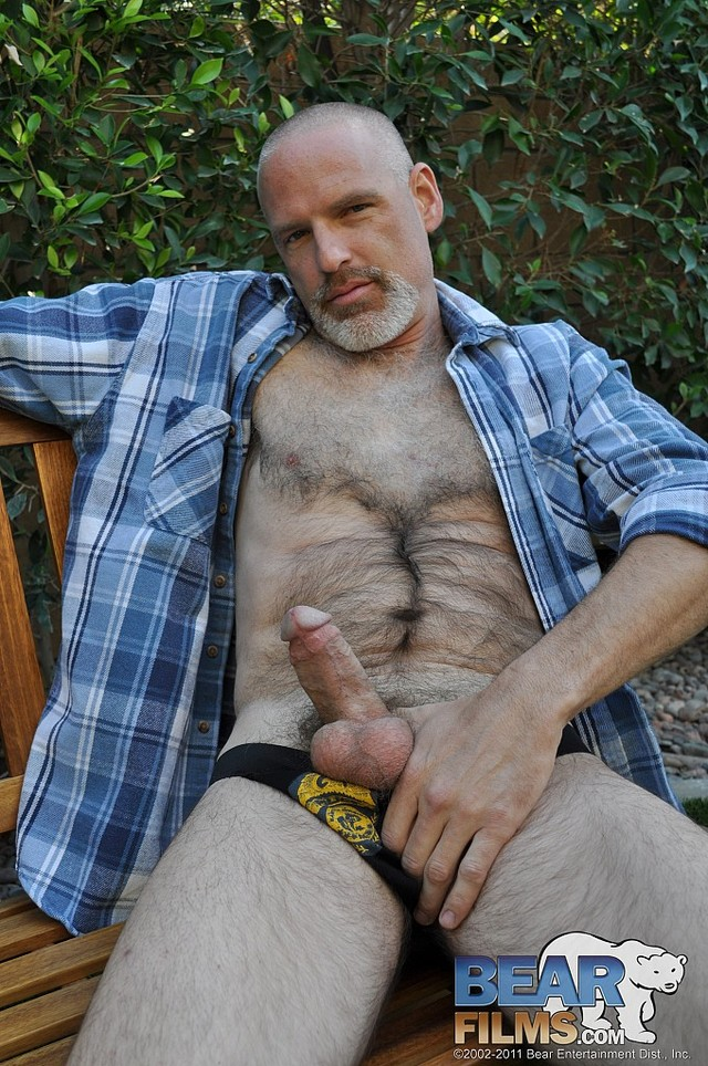 Hairy men Nude Pics gaydaddy