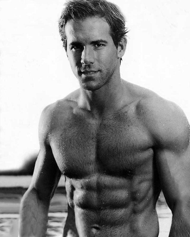 Hot pictures of naked men ryan april reynolds fools