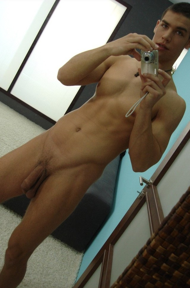 Hunks Gay Porn page boy nude