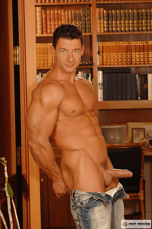 Robert VanDamme Porn stud porn cock gay uncut hot service house robert van damme item