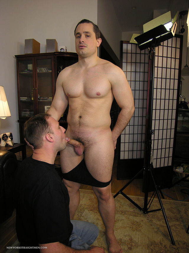 Straight Gay Porn muscle porn men cock gets his gay amateur straight guy sucking beefy york sucked trey anthony dude yorker