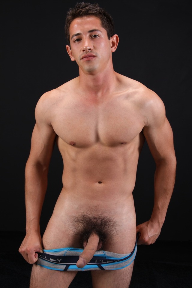 Hung Uncut Naked Men