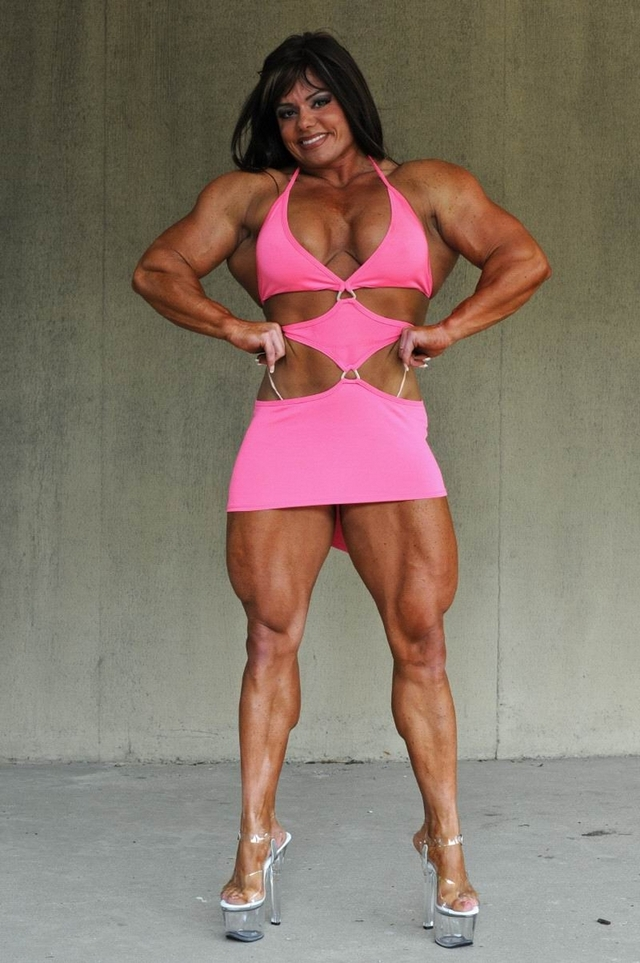 neked women body builder
