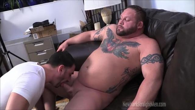 gay and straight porn from porn gets gay getting amateur straight guy blowjob york bodybuilder chubby straightmen magnus