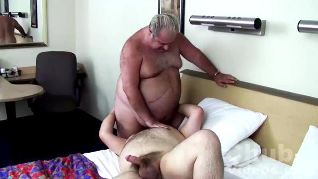 daddy escort gay bari escort