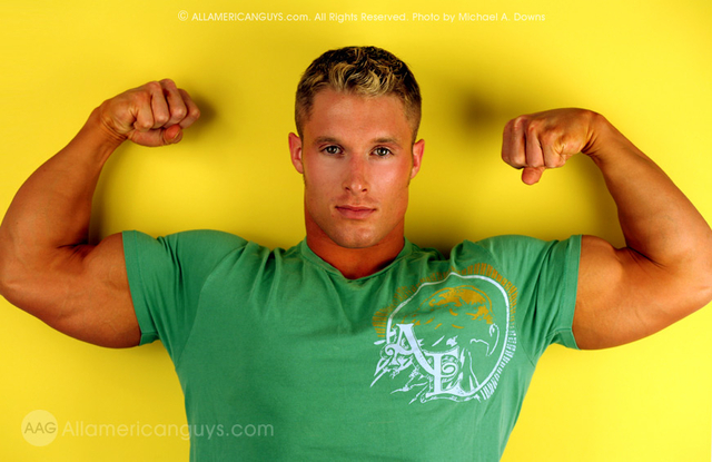 gay bear muscle porn gallery gay pics bears love muscles these colors
